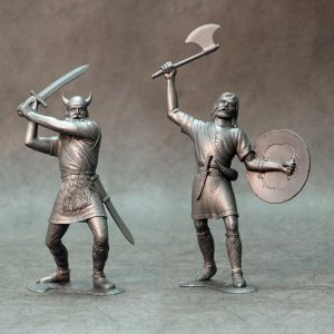 ARK MODELS 80009 - 150 mm - Barbarians set 3