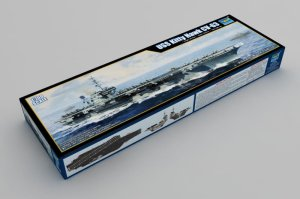 TRUMPETER 06714 - 1:700 USS Kitty Hawk CV-63
