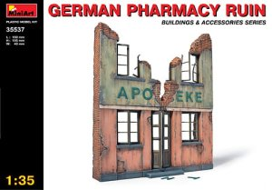 MINIART 35537 - 1:35 German Pharmacy Ruin