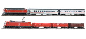PIKO 59011 H0 - PIKO SmartControl light starter set 2 locomotives: diesel BR 218 and electrical BR 185 DB