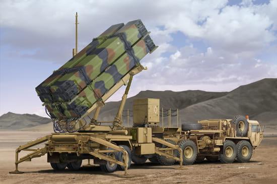 TRUMPETER 01037 - 1:35 M983 HEMTT & M901 Launching Station of MIM-104F  Patriot SAM System (PAC-3)